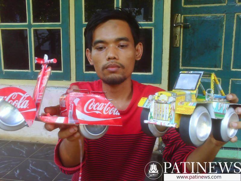 Pemuda Asal Pati Ini Sulap Kaleng Bekas Jadi Karya Seni 6d1ae577da