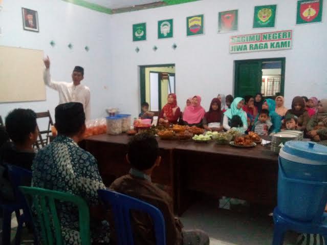 Buka Puasa Bersama Muslimat NU Dan Perangkat Desa Kecamatan Kandangan
