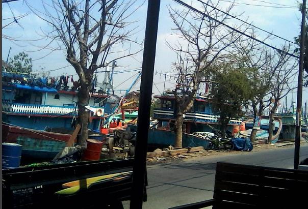 Kapal di Sungai Juwana
