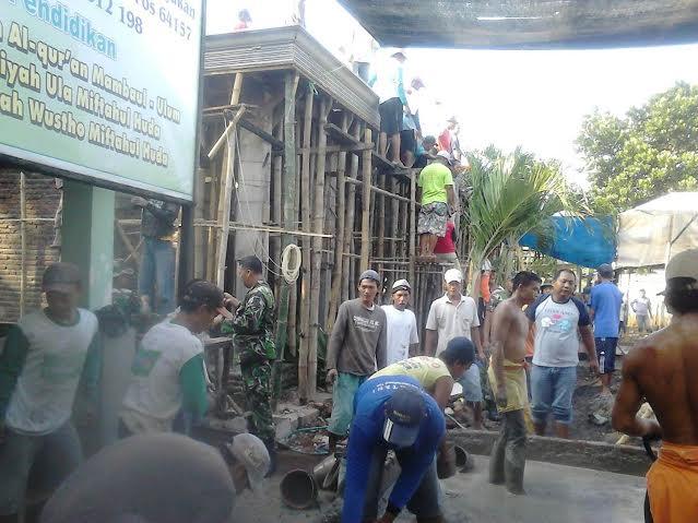 Koramil Grogol Bantu Pembangunan Masjid AL Munawar