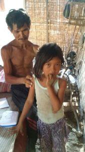 Parijo, Sendiri hidupi Dua Anaknya, Butuh Uluran Tangan