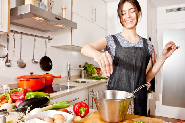 Ibu Masak Dapur