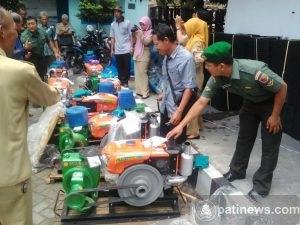 Pemerintah Pusat Turunkan Bantuan Alsintan Untuk Petani
