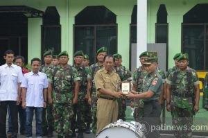 Makodim Pati Dapatkan Bantuan Alat Drum Band dari Yayasan Tama Jaya
