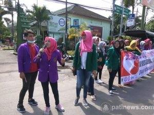 Orasi Kepedulian AIDS/HIV Di Depan Makodim 0809/Kediri
