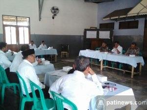 Rakorcam Trangkil Bahas Tentang Penggunaan Dana Desa