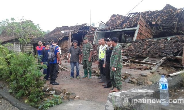 Puting Beliung di Desa Kepohkencono Pucakwangi Memakan Korban Jiwa