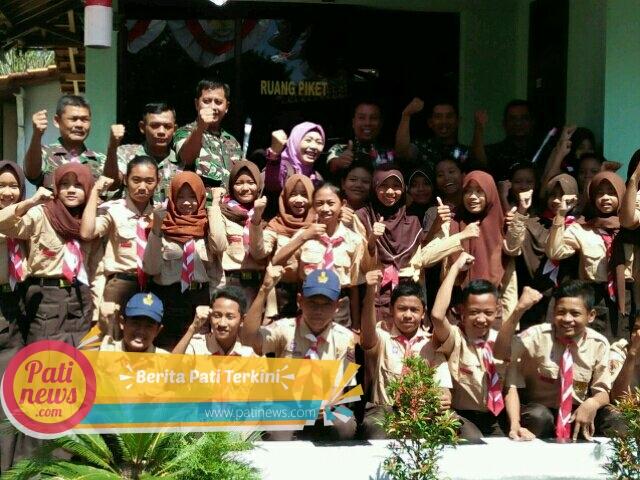HUT TNI, Pelajar SMP Ini Ucapkan Selamat Kepada Koramil 8/Cluwak
