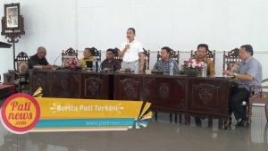 Bupati Pati Haryanto dalam Tatap Muka dengan Wartawan di Pendopo Kabupaten Pati