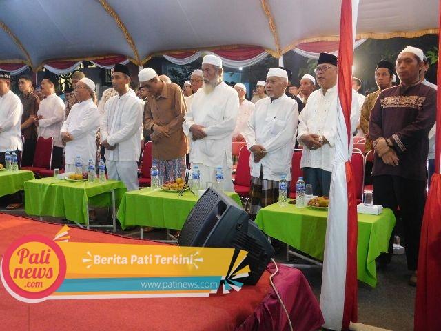Kasdim 0718/Pati Hadiri Peringatan Maulid Nabi di Kediaman Habib Muhdor Alatas