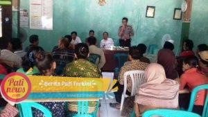 Pemanfaatan Hutan di Desa Pakem, Kapolsek Sukolilo Ajak Kedepankan Dialog