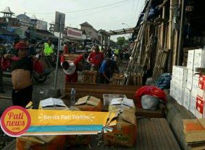 Sterilkan Trotoar, Pedagang Sisi Timur Pasar Juwana Diminta Mundur