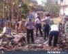 Sejumlah Relawan Bersihkan Puing, Pasca Kebakaran Rumah di Tambakromo