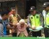 Jumat Berkah, Polsek Dukuhseti Sambangi Lansia dan Warga Kurang Mampu