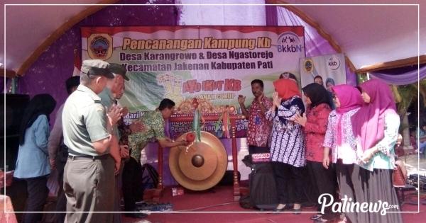 Ditandai Pemukulan Gong, Dua Desa di Jakenan Dicanangkan Sebagai Kampung KB