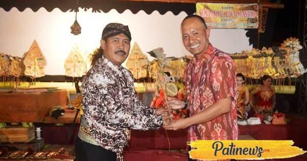 HUT TNI, Kodim Pati Gelar Wayang Kulit dengan Cerita Sumilaking Pedut Ing Ngastino