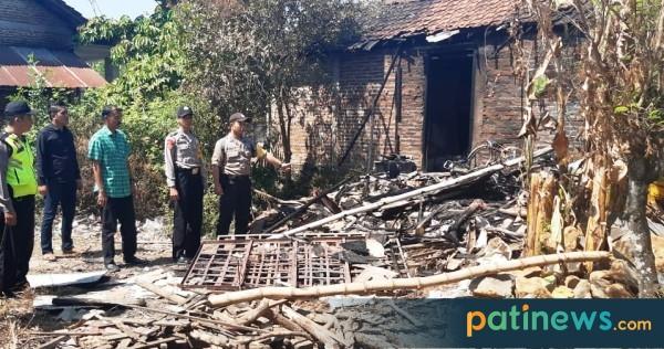 Dapur  Rumah Warga Mbongsri Pati Terbakar, Diduga ini Penyebabnya