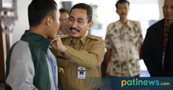 Bupati Pati Haryanto menerima Mahasiswa KKN Universitas Sultan Agung (Unissula) Semarang di Pendopo Kabupaten Pati. Kamis, 11 Juli 2019