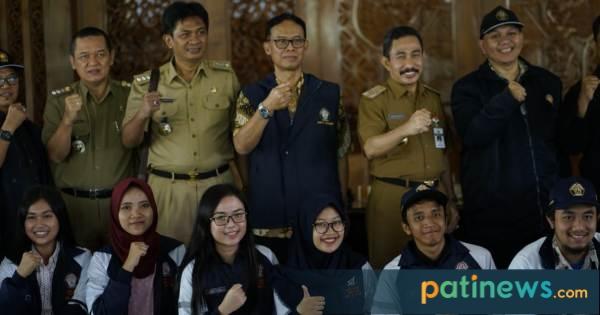 Bupati menghadiri acara penerimaan mahasiswa dari Universitas Diponegoro yang akan melaksanakan Kuliah Kerja Nyata (KKN) tahun ajaran 2018 - 2019.