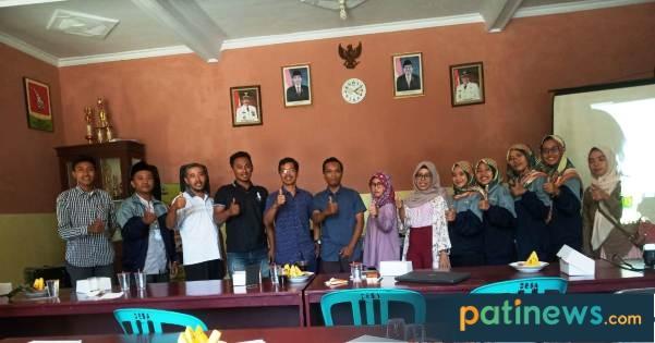 Tim KKN IPMAFA Desa Medani, Adakan Pelatihan Sukses Mengelola Website Desa di Era Milenial