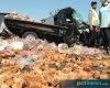 Kecelakaan Karambol di Pantura Rembang, Puluhan Kwintal Gula Merah dari Pati Berceceran