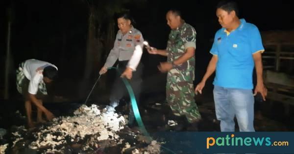 Lupa Matikan Tungku, Rumah Seorang Janda di Tlogowungu Ludes Dilahap Api