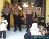 Polisi Sahabat Anak, Polsek Jakenan Kenalkan Tugas Korp Bhayangkara
