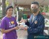 Mahasiswa KKN-T UPGRIS di Jakenan, Bagikan Masker Kepada Warga